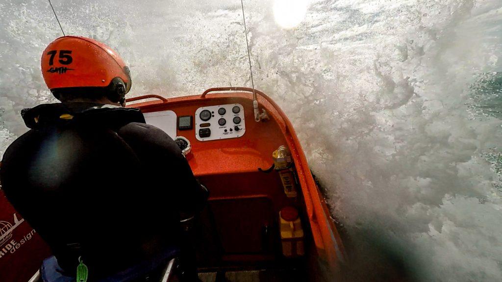 Hamilton Jet Rescue in surf